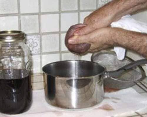 натуральные что можно испечь из старого варенья будьте внимательны при